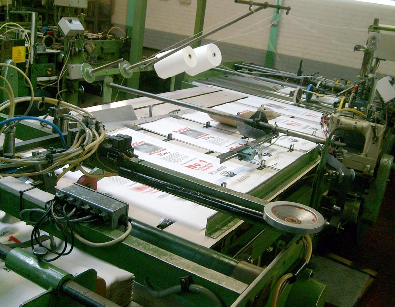 Paper sack stitching