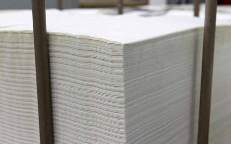 Baking paper sheets for bakers